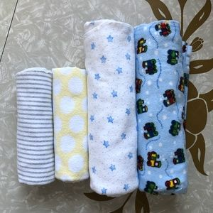 Flannel Receiving Blankets Lot Of 4 Multi-Brand